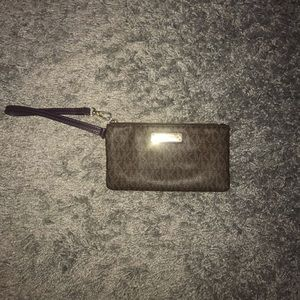 Authentic Michael Kors Wristlet/Wallet